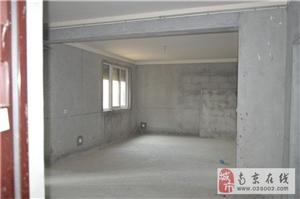 石湫地铁站影城新苑102平送阁楼18平可做复式4房