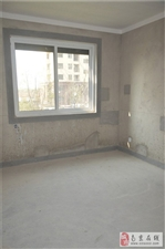 石湫地铁站湫湾居118平方3房2厅2楼售86万