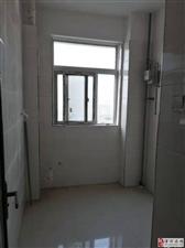 天下都市新城电梯房8楼3室2厅1卫65万元