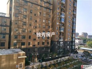 桐城公馆+市区繁华地段+毛坯三室+交通便利