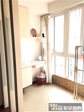 东盛山庄地上室1楼精装3室带小房51.8万元