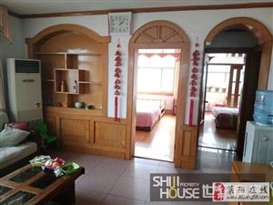 九中宿舍3室2厅1楼客厅带窗85平精装53万元