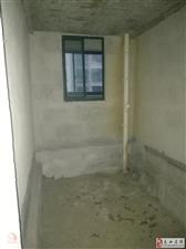 百泰京城3室2厅2卫100万元
