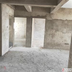 伴岛经济适用房3室2厅2卫60万元