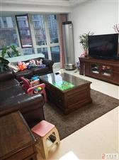 海通园4室通厅精装带地下室和小院实际面积300平