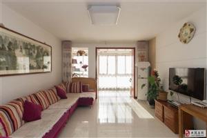 出售:春港花园4楼121平139万,三室跨厅通厅,户型佳