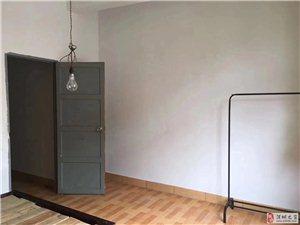 梦笔2区,4楼,两室一厅一卫,床2张,热水器