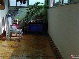 121刘八角公寓低价出售