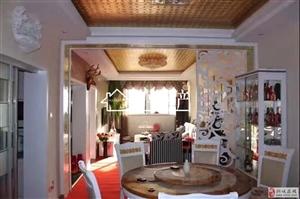 碧峰小区附近精装修套房现售50万元