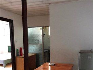 名桂世家附近,自建房5楼,2房1厅1厨1卫