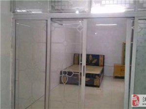 兴浦东一区,1楼,一房一厅一厨一卫,床,热水器