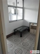 金碧花园3室2厅1卫600元/月