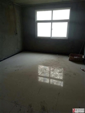 影院公寓3室2厅2卫75万元