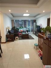 海通园三室通厅精装带地下室和小院实际面积300平