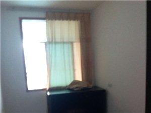 世昌广场3室2厅2卫1150元/月家电齐全