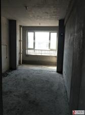 华泰威尼斯138平带朝阳车库3室2卫90万元