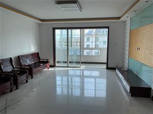 天山花园3室2厅1卫1200元/月