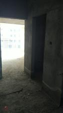 南城惠泉中学附近3室2厅2卫28万元