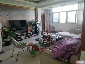 4200一平3房2厅1卫,精装修
