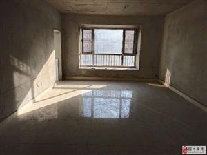 馨露鑫苑3室2厅1卫106万元