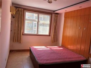 站前小区3室2厅2卫135万元价格可以谈3楼