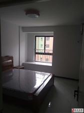 万和花园3室2厅1卫1700元/月