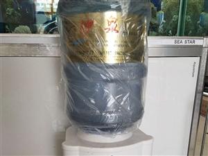 出售九成新饮水机一台