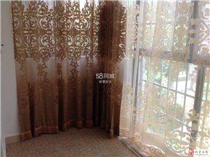 2室2厅1卫2600元/月