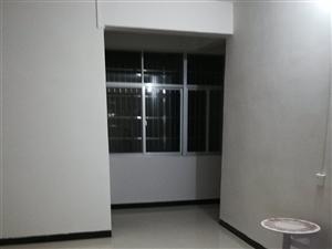 湖滨大酒店附近2室1厅1卫带热水器