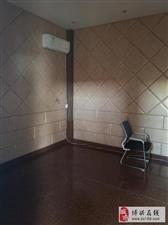SD814西谷王小区3室2厅2卫1000元/月