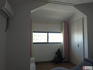 美丽泽京4室2厅2卫 150平 赠送大露台83.8万元 急售