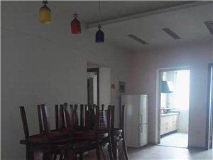 航天长柏路嘉合苑3室2厅2卫1300元/月