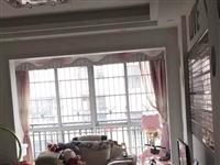 龙翔国际电梯高层带大阳台精装2室2厅1卫52万元