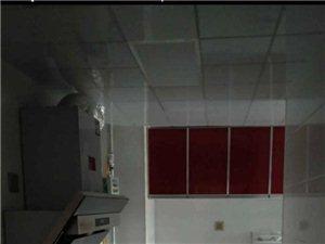 急租绿博半岛3室2厅1卫1500元/月