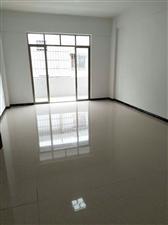 共和碧桂园3房,电梯,全新装修未住,仅售60万