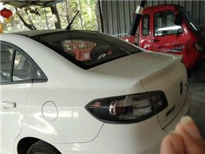 出售个人2010年六月份,长安悦翔三厢车