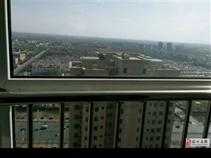 新高都居住小区3室158平170万元车位储