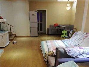 兴隆花园3室2厅1卫2500元/月