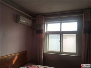设计院3室1厅1卫1300元/月