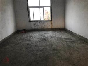 朝阳庭院3室2厅2卫62万元