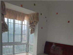东城小区3室1厅1卫现状出租1800元/月