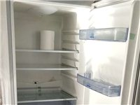 低价出售7成新冰箱300元