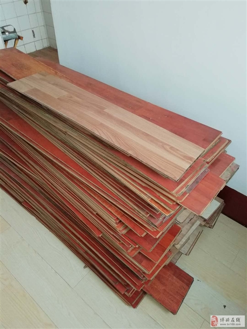 垃圾价出售二手木地板