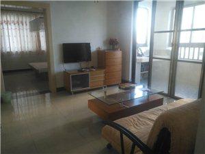 伊比亚河畔精装修一房一厅干净齐全1800元/月