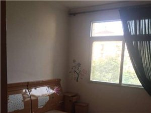 新烟草楼上2室2厅1卫1500元/月