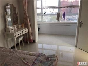 东润风景2室2厅1卫精装婚房首次出租拎包入住