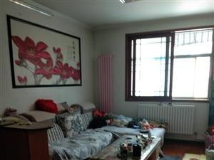 迎宾公寓  3室 2楼 ,精装,可分期。