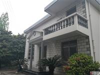 团结路老地税院内别墅出售