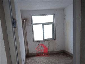 滨河花园3室2厅2卫70万元