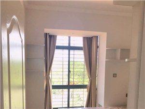 (三房出租)龙翔国际3室2厅2卫2600元/月